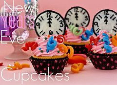 New Years Eve Midnight Cupcakes  #newyearsfood #newyears #newyears2014