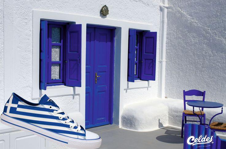 Colors of Greece 🇬🇷  White & Blue ⚪️🔵 Take yours at: http://celdes.com/en/all/88-greek-flag-greece.html #exploreceldes #exploretheworld #greece