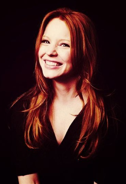 lauren ambrose, making the argument for adding some fire engine punky color to my conditioner.