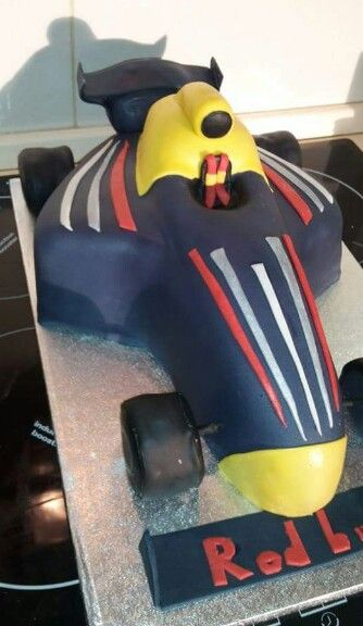 Formula redbull cake