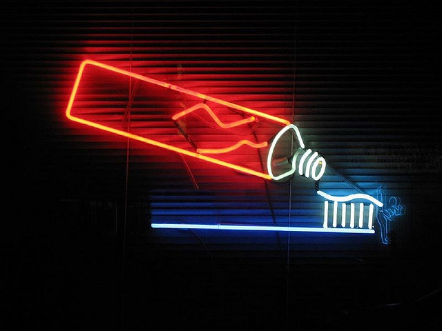 Edgewater dental tooth brush neon sign by finefoto, via Flickr (Would be a lot of fun for one of our upstairs bathrooms.)