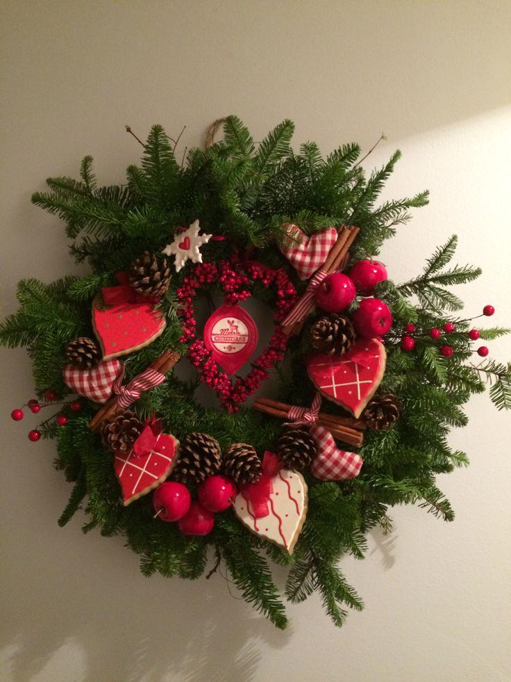 Christmas wreath hearts & more hearts
