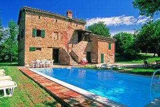 Prachtig authentiek vakantiehuis te huur in de regio Le Marche. (Amandola) Deze accommodatie biedt ruimte aan zes personen.