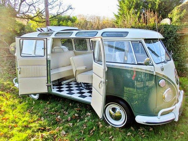 1966 Volkswagen Type 2 Splitscreen Sunroof | VW Bus