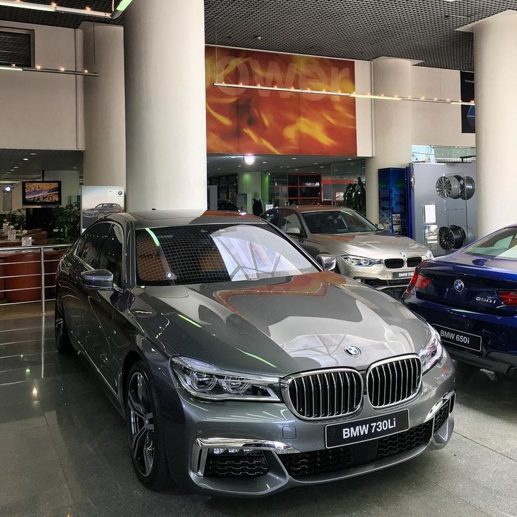338 вподобань, 3 коментарів – Mulham Moussa (@bmwdreamauh) в Instagram: «BMW 730 Li with M Sport Package»