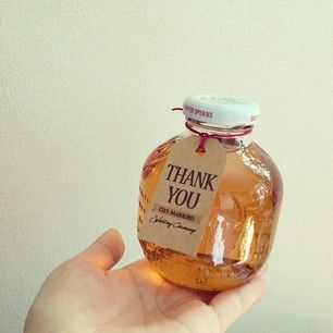 可愛い瓶を、お部屋のインテリアに。マルティネリの空き瓶活用法