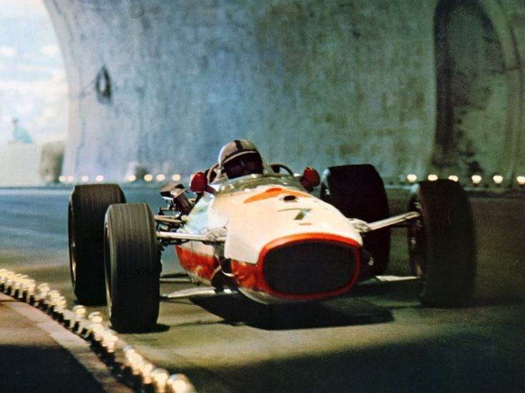 The tunnel at Monaco. Light bulbs along the racing line?