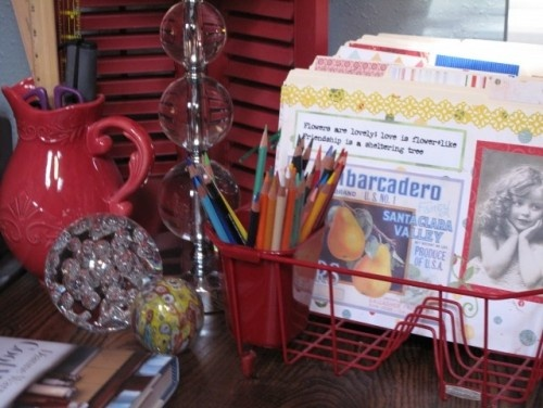 Dish drain as a desk caddyDry Racks, Ideas, Little House, Crafts Room, File Folder, Home Offices Design, Dishes Drainer, Dishes Racks, Pencil Holders