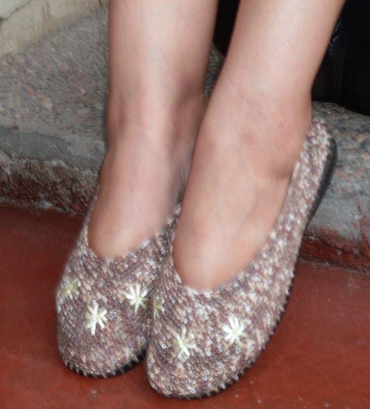 zapatos color café matizado nro. 37 $9.000.-