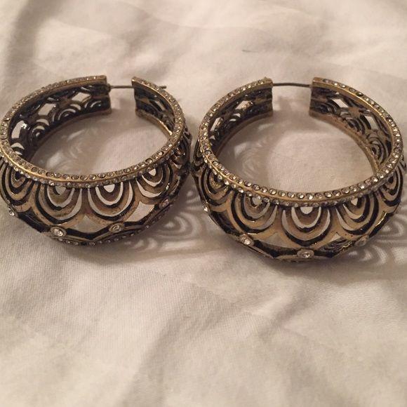 Lia Sophia earrings gold hoops Chunky tarnished gold Lia Sophia thick hoop earrings. Statement earrings for sure! Lia Sophia Jewelry Earrings