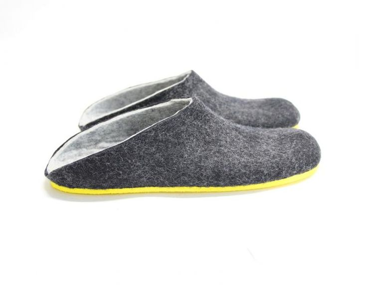 Mens Felt Clogs Charcoal Contrast Sole are custom handmade to measure from 100% wool. Look forward to coming home, putting your feet up with these men's felt slippers with low back. A customizable color rubber sole (10 options) is flexible and provides a durability of these felt slippers and natural wool means that your feet will stay warm, fresh and comfortable. Custom made Mens felt slippers sizes from EU 39.5 / US 6.5 to EU 48 / US 15 (including a half sizes). Please tell us what color of…