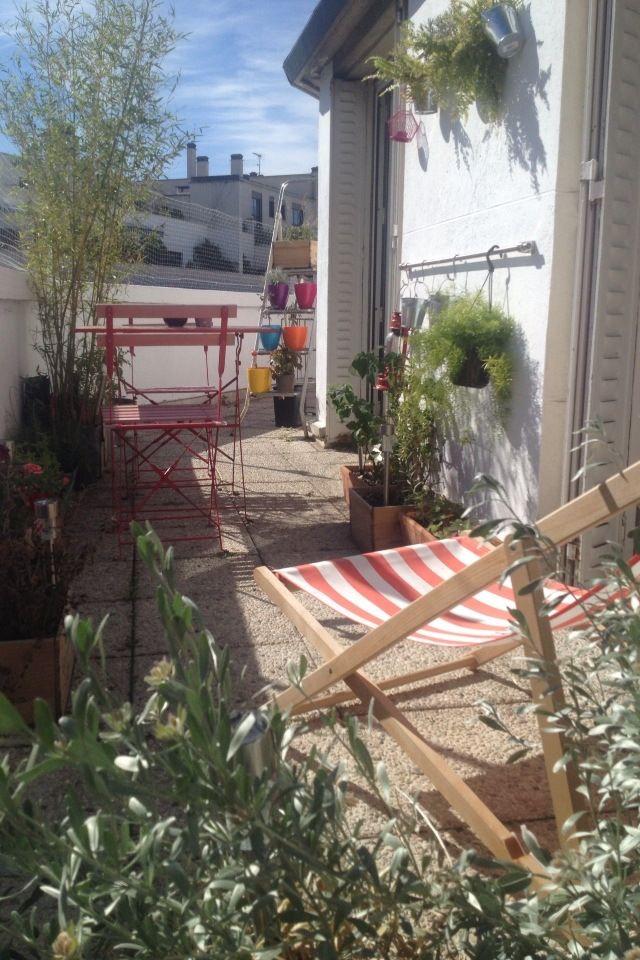 petite terrasse parisienne terrace terrasse pinterest petite terrasse mur vegetal et. Black Bedroom Furniture Sets. Home Design Ideas