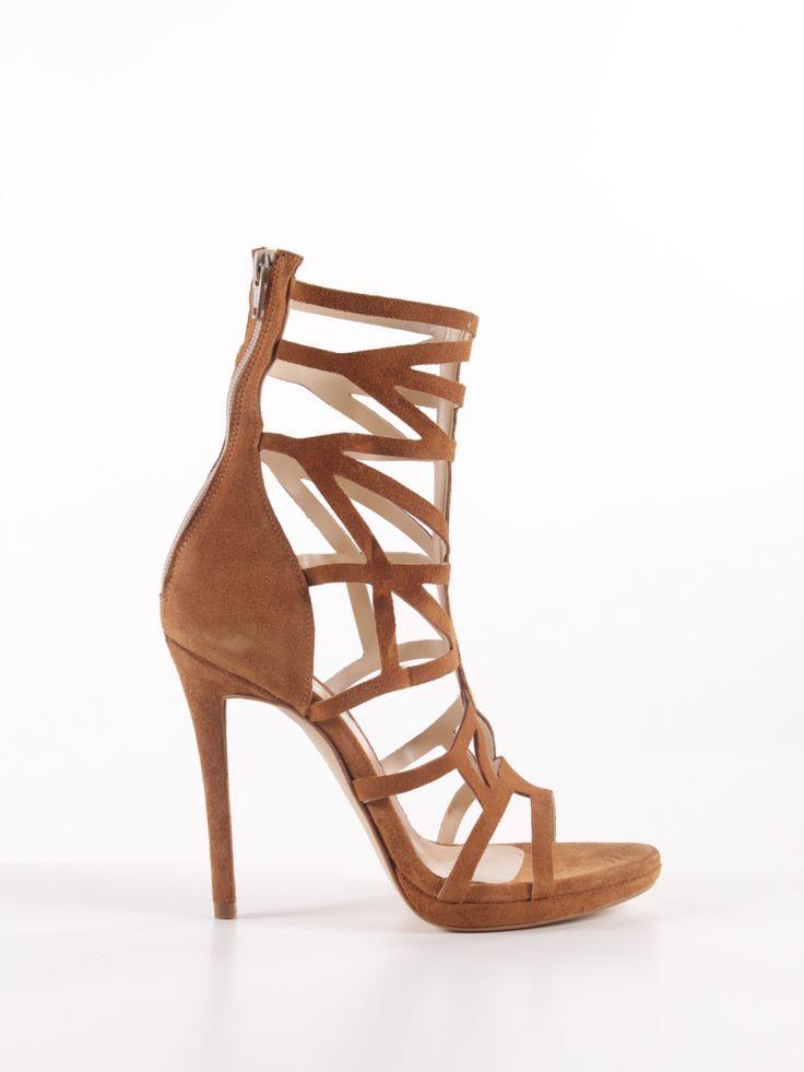 Saldos em sapatos marca Dropp para Mulher em exclusivo na loja online da Prof. Promoções em sapatos, ténis, sandálias, sapatilhas,…
