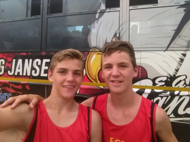 Charl en Cayden junior seuns landloop atlete