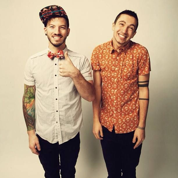 Josh Dun and Tyler Joseph.. TWENTY ONE PILOTS!! ) love