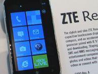 Midrange ZTE Render takes on Windows Phone 7 U.S. Cellular's ZTE Render is a Windows Phone 7 handset with midrange specs and a reasonable price.
