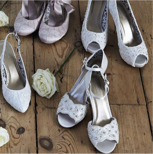 Monsoon Wedding Songs: Finishing Touches - Wedding Shoes And Flowers
