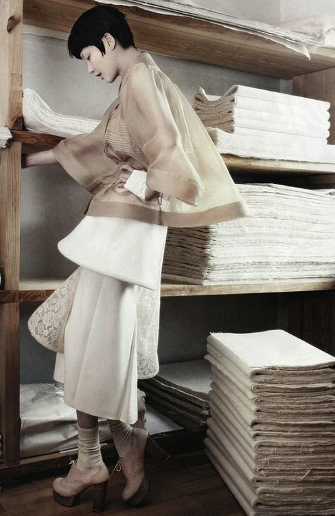"""Vogue Korea August 2013 17th Anniversary issue """"Fashion into Crafts by Kang Hyea-Won."""