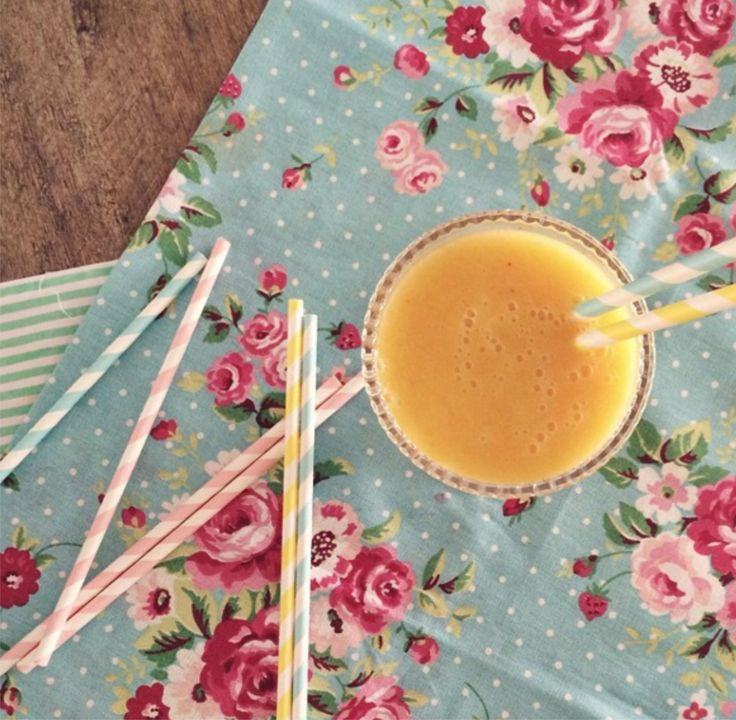 Maracujá, manga e banana formam essa delicinha! Smotthie geladinho pra refrescar o dia!