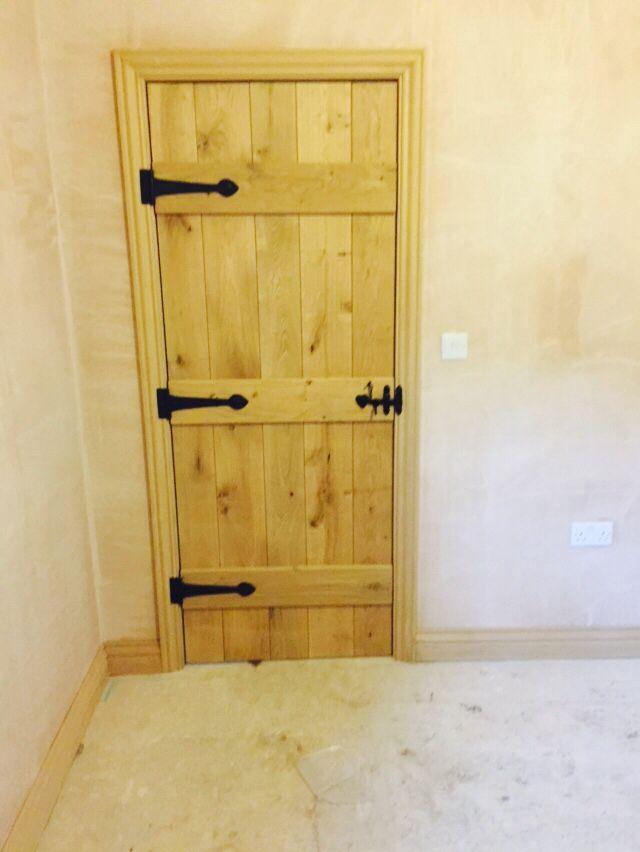 Solid Oak Ledged Door Antique Black Suffolk Latch Amp Hinges
