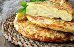 Omelett mit Kartoffeln und Feta