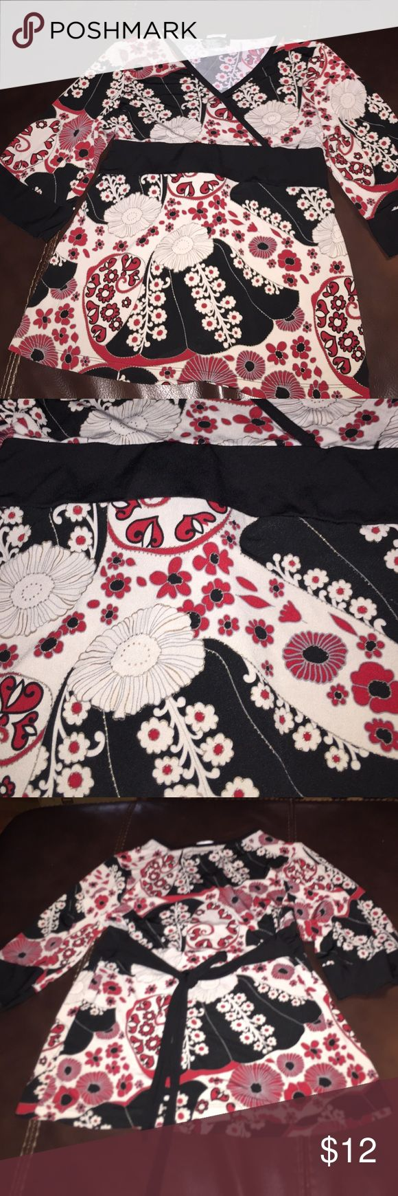 Speechless Top So Cute XL Girls Top with tie in the Back. Cream, Black, Red and a bit Gold trim around flowers. V Neck. Speechless Shirts & Tops Blouses