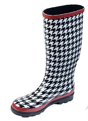 I don't have these with the red trim but I have my houndstooth rain boots :)