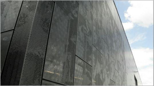 bardage d 39 usine teinte noire effet de nuage r f lsd. Black Bedroom Furniture Sets. Home Design Ideas