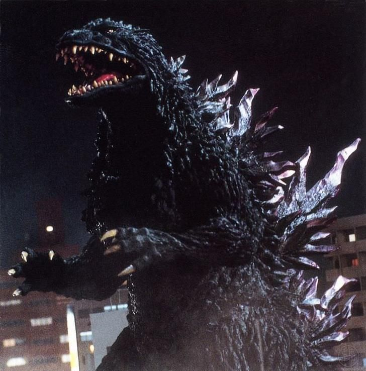 1999-2000 (MireGoji)   'Godzilla 2000' featured a brand new creative team led by Shinichi Wakasa, who designed a radical, modern look for Godzilla that was hard-edged and aggressive. Tsutomu Kitagawa took the mantle as suit actor. While the design took some cues from the more reptillian suit in 1962, It is unique for being the only suit actually colored green.