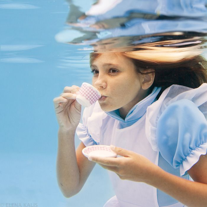 Elena Kalis Underwater Photography - Alice in Wonderland