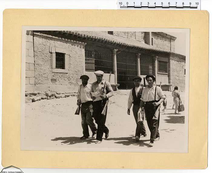 Milicianos en Los Molinos