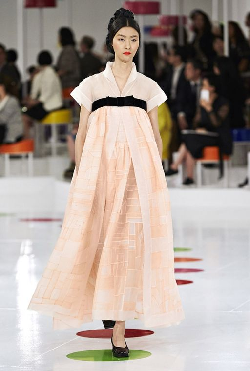 2015 Chanel's South Korean Cruise Collection | La Vida