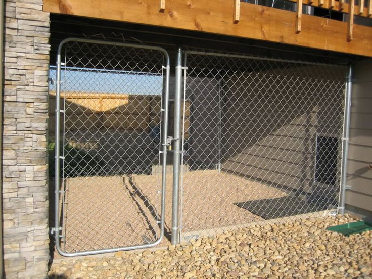 Dog Runs: Build or Buy an Outdoor Dog Kennel Run?