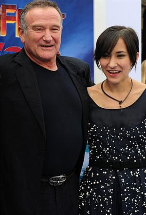 Zelda Williams abandona Twitter, tras haber sido maltratada - La muerte de Robin Williams - Personajes.tv