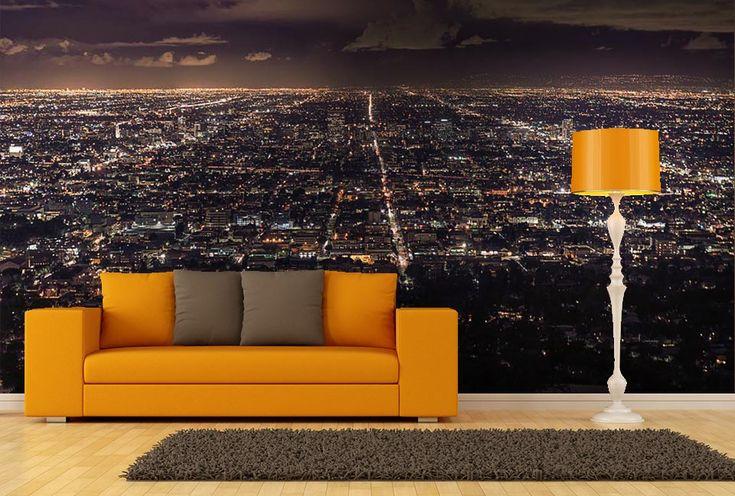 Vue sur Los Angeles la nuit avec toutes les lumières éclairées.