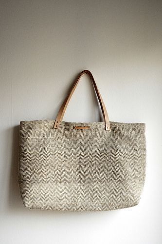 // Hemp and cotton shopping tote //