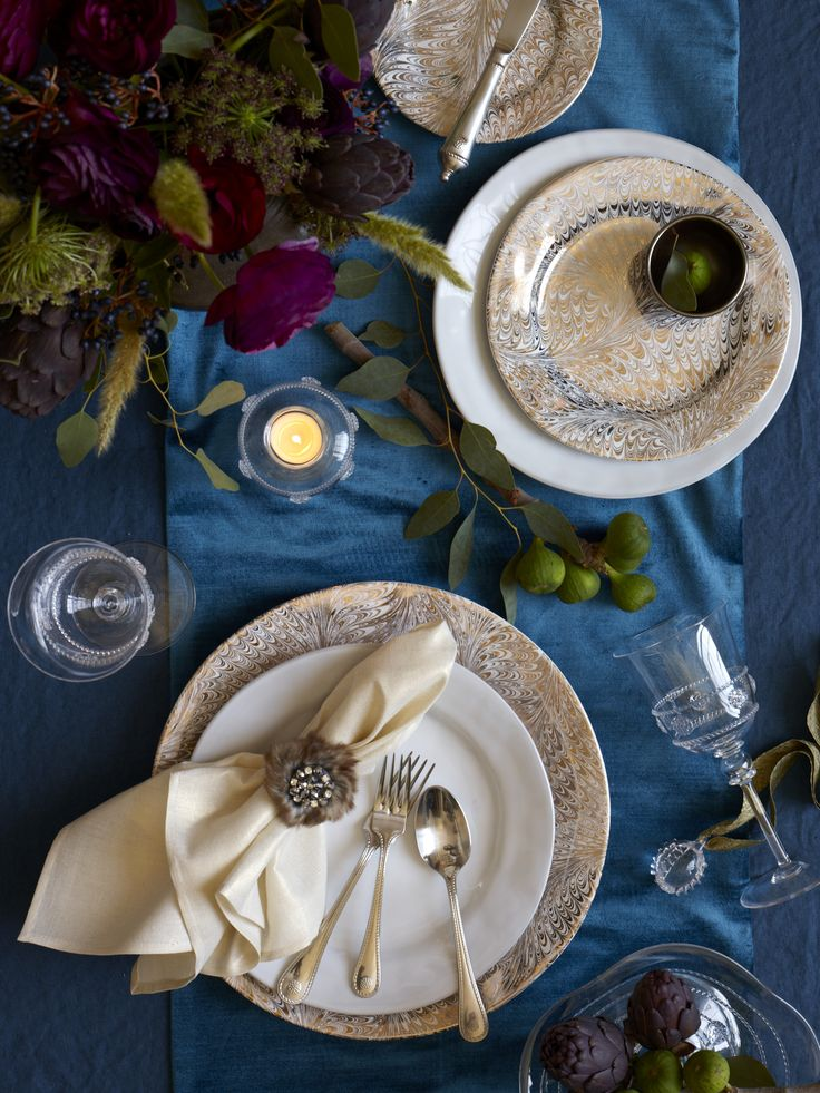Set against a swirling backdrop of festive gold and platinum our Firenze Medici collection provides & 59 best Dinnerware Tableware u0026 Fine Dining images on Pinterest ...