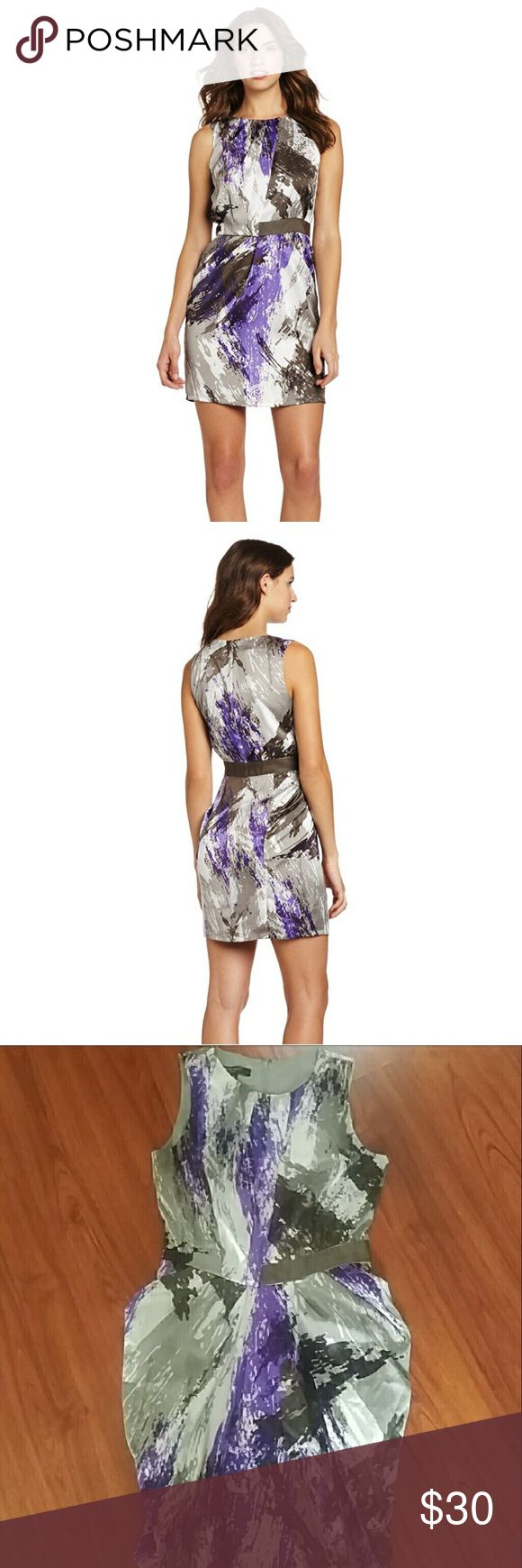 Nine West Painted Brushstrokes Tulip Skirt Dress Nine West Painted Brushstrokes Tulip Skirt Dress, like new size 10. Beautiful date night, girls night out or even cocktail dress! Fits true to size, figure flattering Nine West Dresses