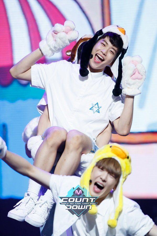 [14.07.16] MNET MCountdown Ep.483 - MyungJun e SanHa