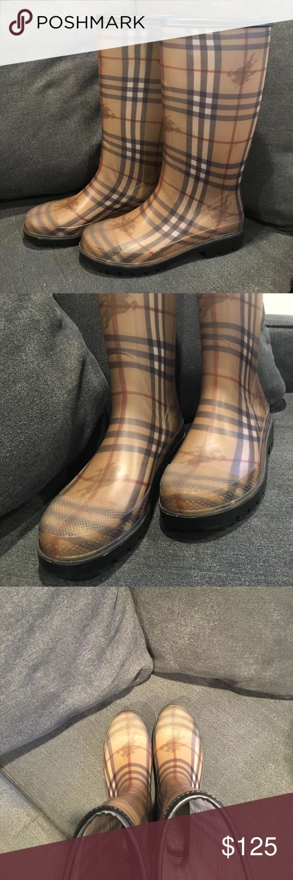 ☂️⛈Burberry Rain Boot! ⛈☂️ This timeless boot goes with any ensemble and compliments your style perfectly! They are SUPER comfortable and will provide you with everything a fashion forward rain boot should. Love them, just don't wear them enough; worn twice since owning. Grab them for your closet! 💦☔️ Sizing: these boots are marked as a 40 (which is a 10 in US sizing). They range between a 9.5 and a 10!! Burberry Shoes Winter & Rain Boots