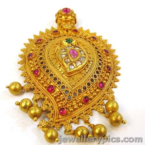 Nicely crafted Antique Gold Pendent designs - Latest Jewellery Designs
