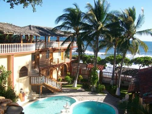 Hotel Torola Bay View Conchagua Featuring 2 outdoor swimming pools and a private beach area, Hotel Torola Bay View is located on the seafront of El Tamarindo Beach. It offers a bar and a restaurant.