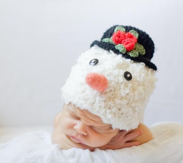Snowman knitted cap $24