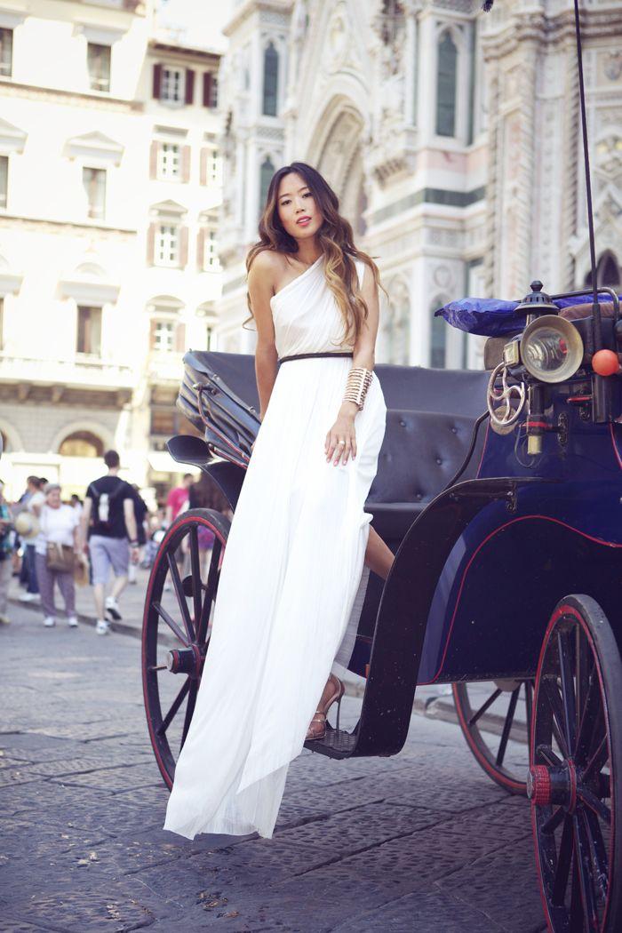 one shoulder silk white maxi: Long Dresses, Destinations Wedding Dresses, Goddesses Dresses, White Maxi, Street Style, One Shoulder, Tulle Dresses, White Dresses, Stunning Dresses