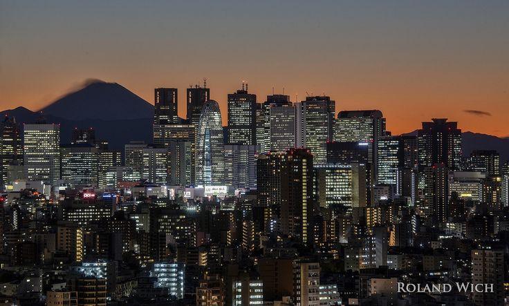 https://flic.kr/p/N1VE6G | Shinjuku Skyline and Mount Fuji