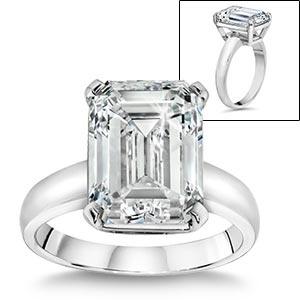 7.01ct Emerald  VVS2 Clarity, F Color  Diamond Solitaire Ring    Half a million dollar ring from Costco anybody? Anybody?.....
