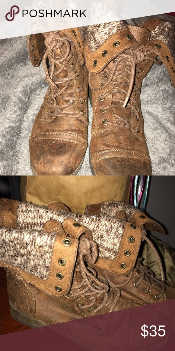 Women's combat boots Mossimo combat boots with sweater like material. These are a women's 9 brown combat boots with flaps. They lace up or can be worn down. Shoes Combat & Moto Boots