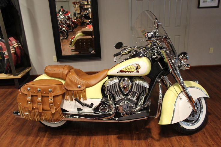 2015 Indian 174 Chief 174 Vintage Indian Red Ivory Cream Stock