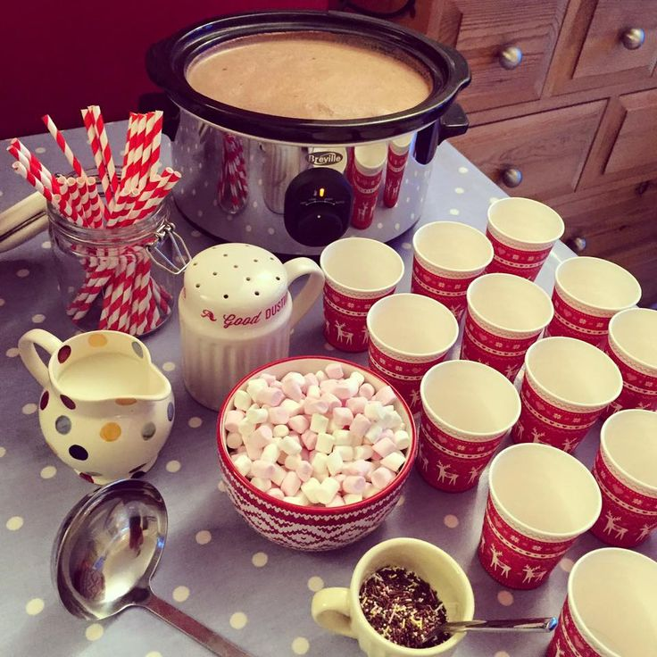 Sugar Rushed: Hot Chocolate Station!  1 x 175g Cocoa 4 pints of milk 1/2 tub of single cream 1 dollop of Nutella   On low for 2 hours :)