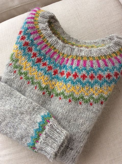 Beautiful coulourful yoke. Helene Magnusson pattern Ravelry: mollyblum's Gamaldags